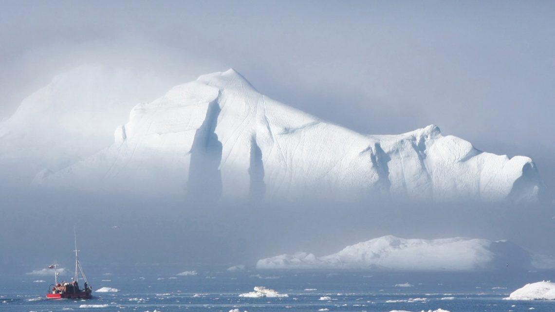 #13 Julie Mira – Panne de gasoil au Groenland, départ au tas à 6 ans et 66 kn en cata 💪